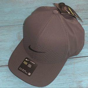NIKE CLASSIC99 SWOOSH FLEX AEROBILL TRAINING HAT